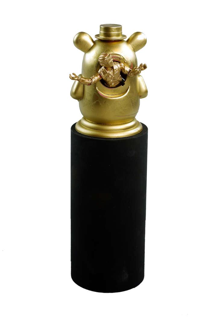 20120824 Gouden Voorwerpen 5843Pet