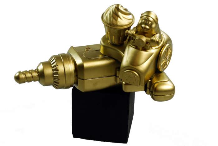 20120824 Gouden Voorwerpen 5850Pet