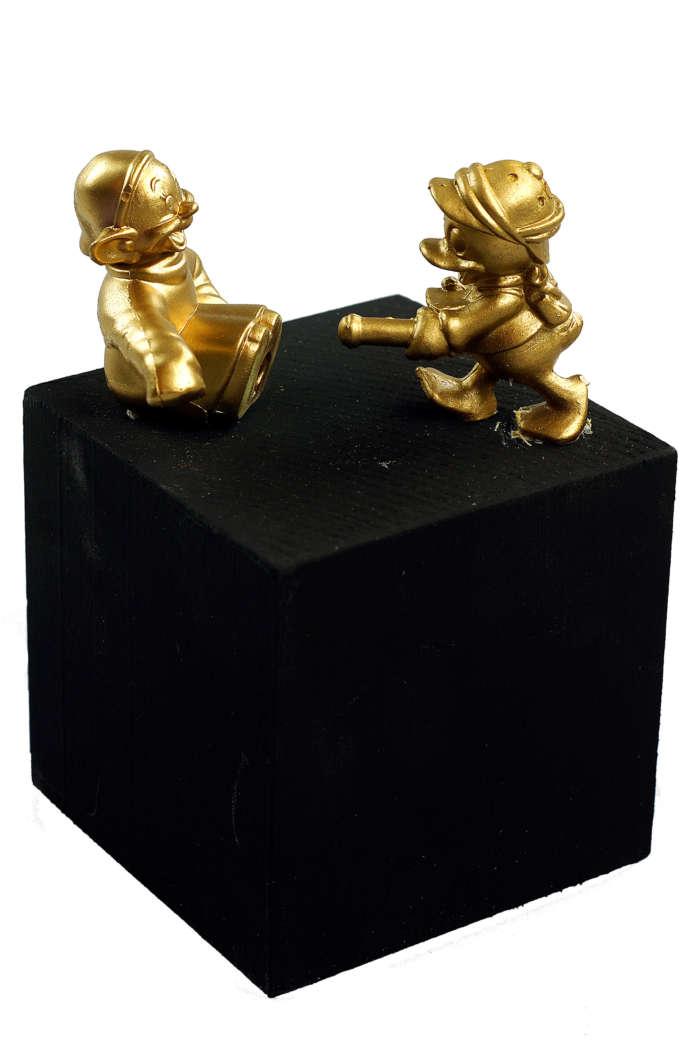 20120824 Gouden Voorwerpen 5853Pet