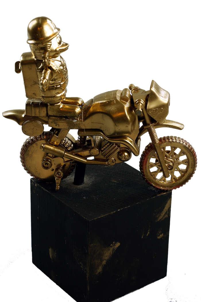 20120824 Gouden Voorwerpen 5859Pet