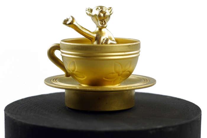20120824 Gouden Voorwerpen 5977Pet