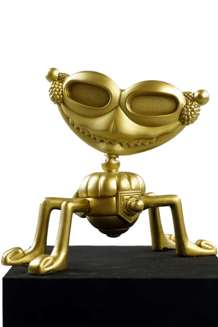 20120824 Gouden Voorwerpen 5995Pet